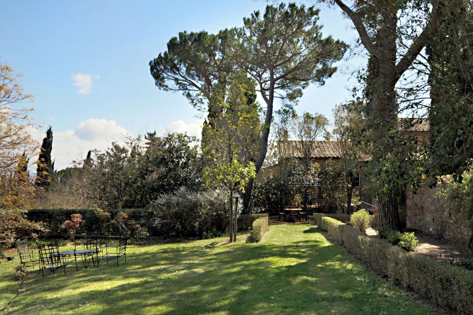 Monteverdi Gardens