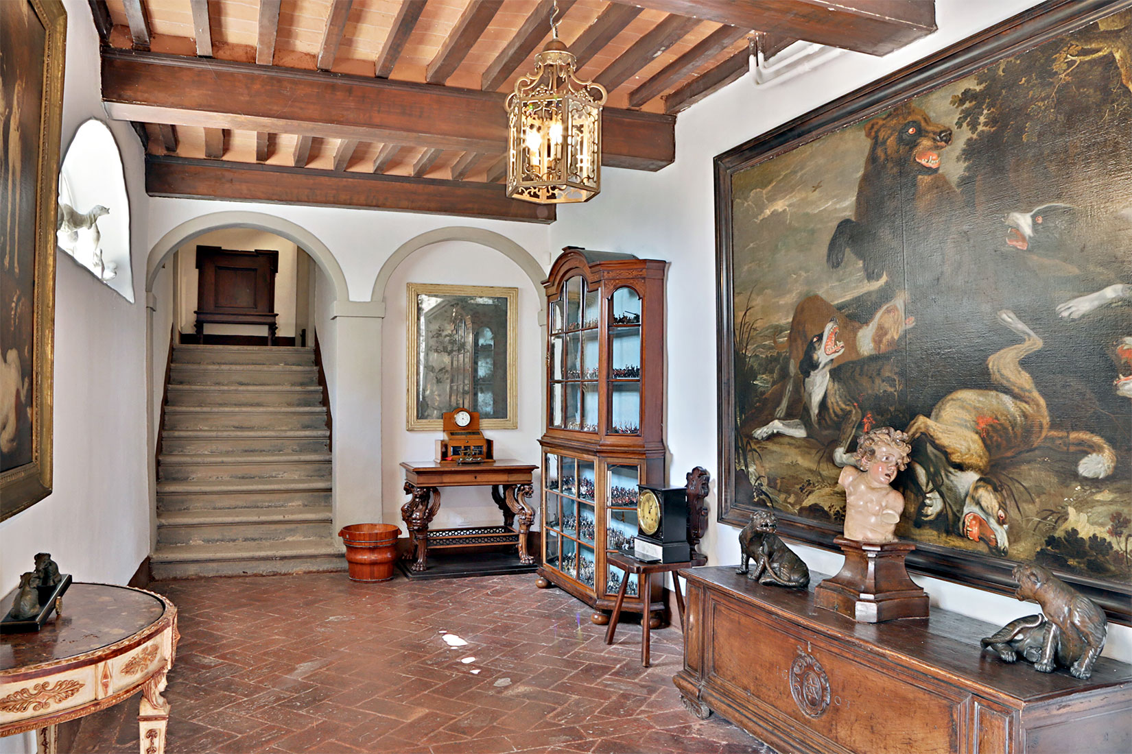 Monteverdi interior